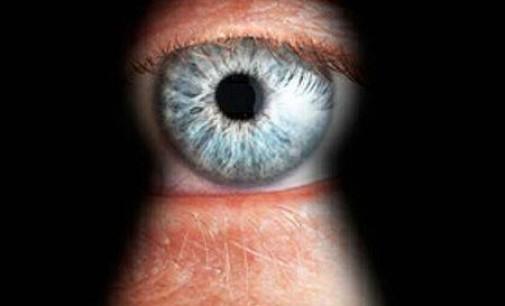 """Narystės """"Penkių akių"""" klube kaina – masinis draugiškų šalių špionažas"""