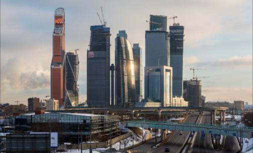 Forbes: Rusija įveikė kritinį sankcijų periodą