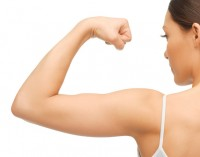 Pratimas, padėsiantis sustangrinti suglebusius rankų raumenis