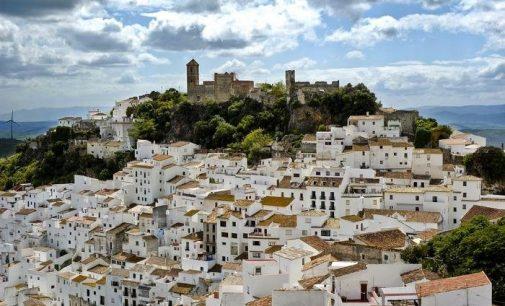 Miestas, kuriame dirba visi, policijos nėra, o vidutinis atlyginimas – 1200 eurų