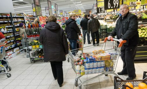 Kodėl lietuvių, važiuojančių apsipirkti į Lenkiją srautai auga ir augs dar