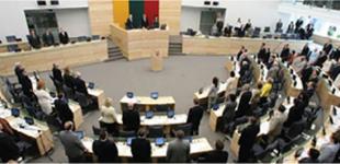 Seimas nepritarė Mindaugo Basčio apkaltai, kas sukėlė konservatorių pasipiktinimo audrą