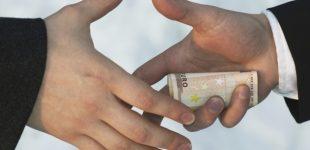 Socialdemokratai atvira politine korupcija įvardijo valdančiųjų valstiečių susitarimus