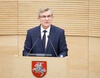 Seimo Pirmininkas ragina VTEK vadovą atsistatydinti