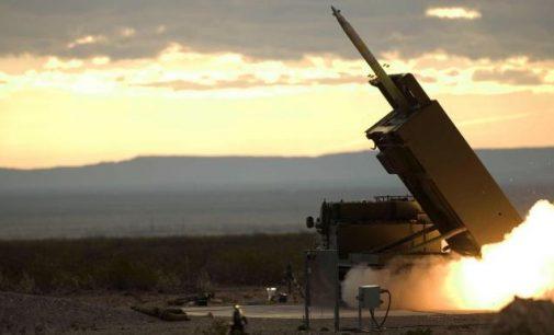 Britanija atsisako planų Estijoje dislokuoti raketines sistemas kaip NATO kontingentą