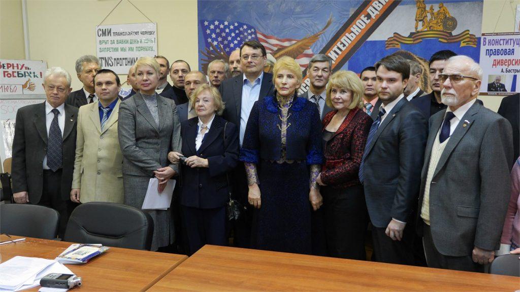 TSRS sienų atkūrimo iniciatoriai
