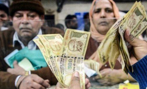Grynųjų pinigų kiekio mažinimo reforma Indijoje lauktų rezultatų neatnešė