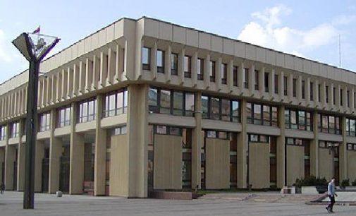 Savižudybių prevencijos komisija siūlys Seimui išplėsti jos įgaliojimus, įtraukiant smurto prevencijos klausimus