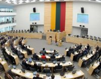Socialdemokratai nepalaiko 40 darbo dienų atostogų Seimo nariams siūlymo