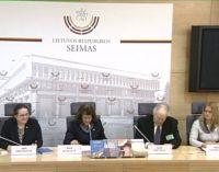 """Rimos Baškienės spaudos konferencijos vaizdo įrašas: """"Dvasingumas – švietimo pertvarkos pagrindas"""""""