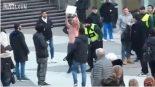 Kas gi nutiko Švedijos sostinės centrinėje aikštėje, penktadienį?