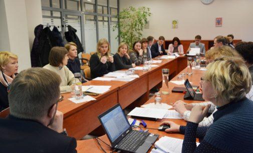Socialinės apsaugos ir darbo ministerijoje vieningai sutarta dėl smurto prieš vaiką apibrėžimo