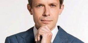 """""""Valstiečių"""" frakcija dėkoja žurnalistui Andriui Tapinui už jo klausimus"""