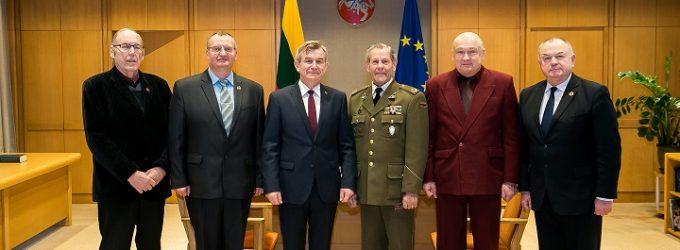 Nepriklausomybės gynėjai: esame pasiruošę vėl ginti Lietuvą