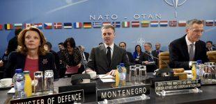 """""""Tai saugumo, o ne žodžio laisvės klausimas"""": NATO palaikė Rusijos soc-tinklų draudimą Ukrainoje"""