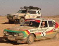 """Panevėžiečių komanda """"asistemos"""" bandys įveikti Afrikos dykumas labdaringame ralyje Budapeštas – Bamakas 2018"""