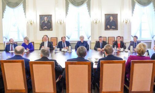 Prezidentė teigia, jog pokyčiai ES yra būtini, tačiau pasisako prieš bet kokį ES sutarčių keitimą