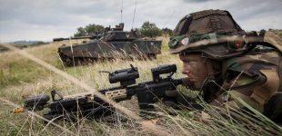 Į Lietuvą atvyksta Nyderlandų kariai su sava kovine technika