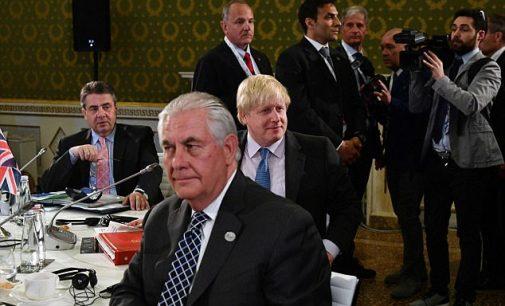 ES nepalaikė Britanijos iniciatyvos pritaikyti Rusijai papildomas sankcijas dėl Sirijos