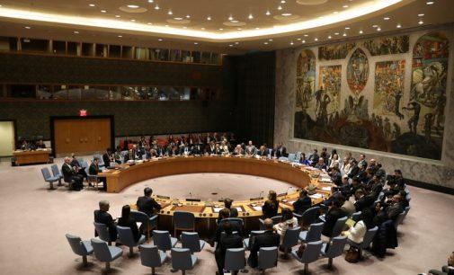 Rusija ir JAV susirėmė JT Saugumo Taryboje dėl karinių incidentų Sirijoje