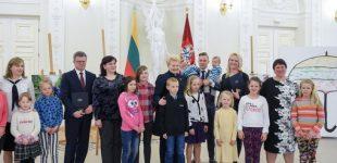 """Kampanija """"Už saugią Lietuvą"""" – mini savo veiklos pradžios metų sukaktį"""