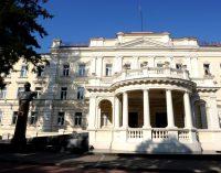 Krašto apsaugos ministerija skelbia kovą su korupcija savo pačios sistemos viduje