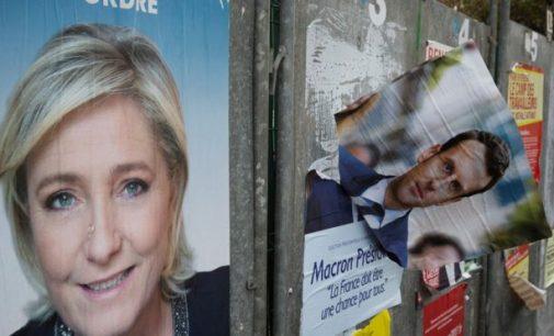 """Marine Le Pen paliko """"Nacionalinio fronto"""" lyderės postą"""