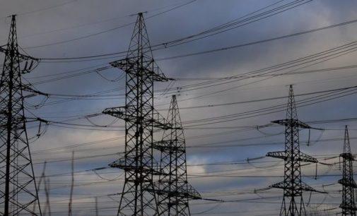 Ukraina pilnai nutraukė elektros tiekimą Luganskui