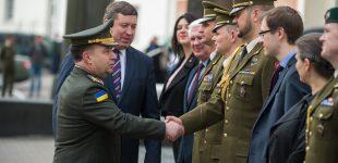 """Raimundas Karoblis: """"Lietuva tęs aktyvų dalyvavimą Ukrainos gynybos reformų procese"""""""