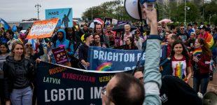 Homoseksualai rusai, pabėgę nuo tautiečių prievartos kalba, jog Brukline ji klesti taip pat