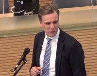 Paskelbta Lietuvius iki ašarų sugraudinusi konservatorių deklaracija dėl padėties Seime