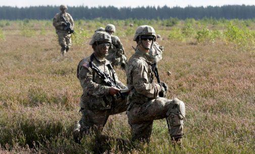 """JAV kariai apgins Baltijos šalis nuo """"rusų provokacijų"""""""