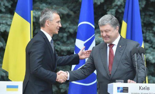 Forbes: dėl bendros ramybės Vakarams vertėtų visiems laikams atsisakyti Kijevui dėl narystės NATO