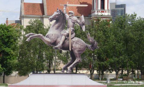 Seimas po pateikimo pritarė projektui Lukiškių aikštėje statyti Vytį