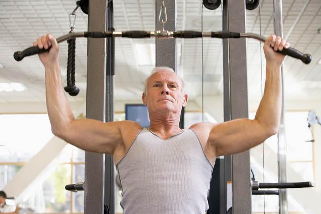 Senjorų jėgos treniruotės