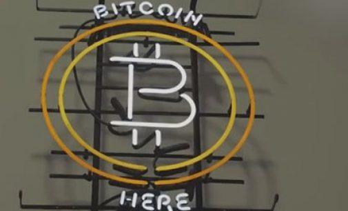 Kriptovaliutų entuziastus įspėjo apie galimą visų investicijų į bitkoinus praradimą