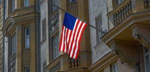 Gatvių karas: JAV ambasada Maskvoje atsidurs akligatvyje