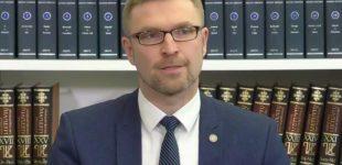 Ministras Linas Kukuraitis teigia, jog Lietuva remia siūlymą, kad tėvai dalintųsi pusiau laiką, skirtą vaiko priežiūrai