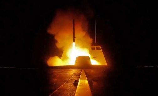 JAV, Britanija ir Prancūzija atakavo Siriją, – rusų neužkliudė
