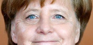 Angela Merkel nusimeta pažadų naštą dėl 2% BVP karinių išlaidų įsipareigojimo NATO