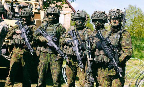 Seimas pritarė iki 2024 metų padidinti kariuomenę 5400 karių, kas kainuos papildomus 144 mln eurų