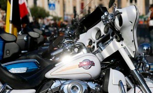 Harley-Davidson perkelia gamybą iš JAV: D. Trampas stebisi, kritikuoja, grasina