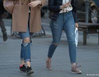 Kodėl moterys neturėtų nešioti kelnių