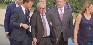 NATO susitikimo metu EK pirmininkui Žanui-Klodui Junkeriui skaudėjo nugarą [video]