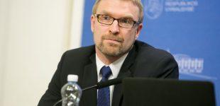 Ministras Linas Kukuraitis džiaugiasi sprendimu, ir sakosi esąs nusivylęs, kai nesugebama susikalbėti dėl vaikų
