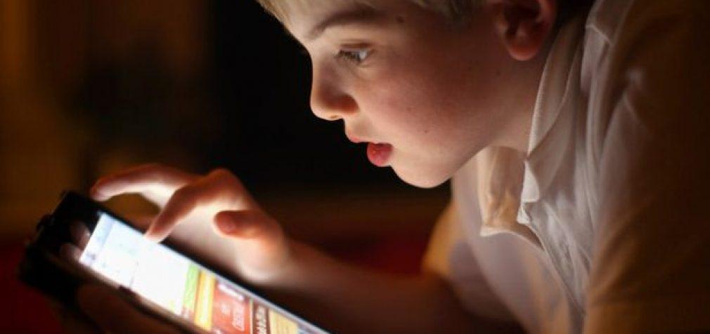 Vaikai savivaldybėse gaus dar 7,2 tūkstančio planšetinių kompiuterių nuotoliniam mokslui