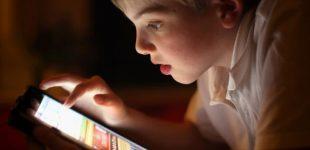 """Instrukcija šiuolaikiniams tėveliams kaip moderniai auginti vaikus, kad jie užaugtų """"sveiki, sąmoningi ir protingi"""""""