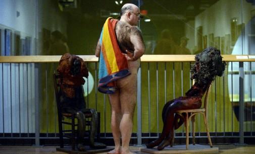 """Kanadoje į """"niu"""" stiliaus parodą atėjo apsinuoginę žiūrovai [foto]"""