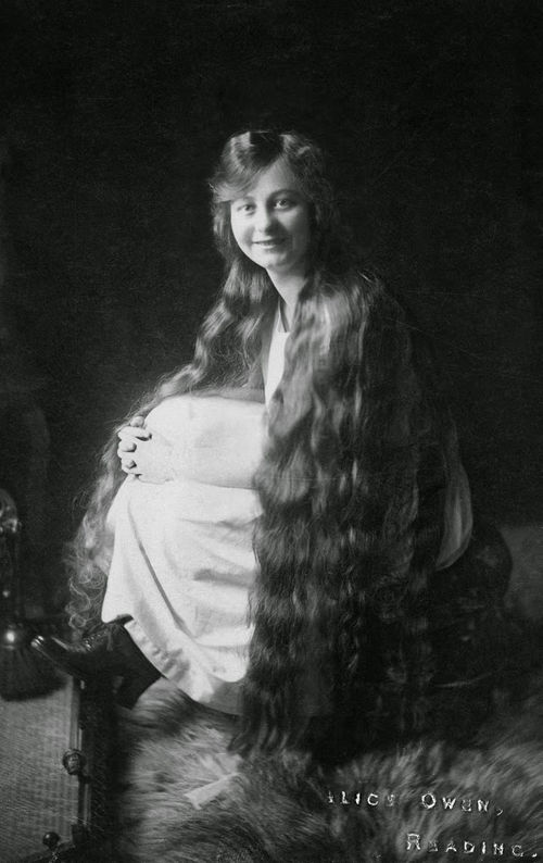Long Hair Victorian Lady (11)