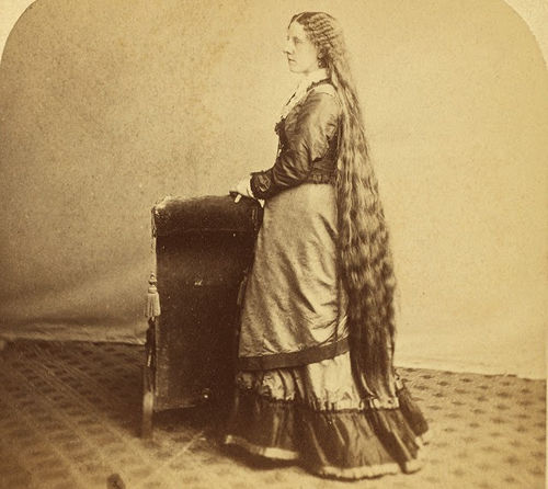 Long Hair Victorian Lady (14)